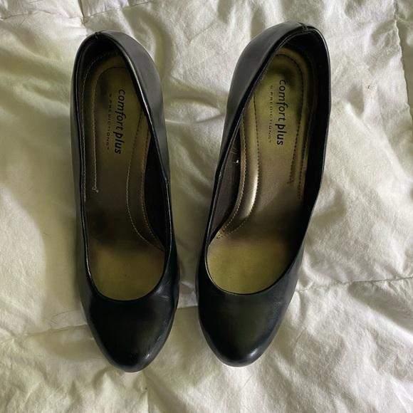 Little Black Heel